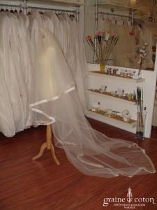 Pronovias - Voile de 3,50m bordé d'un large biais d'organza de soie ivoire