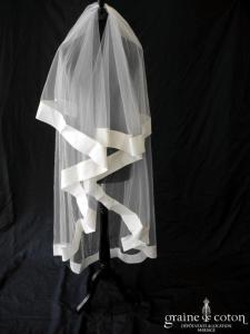 Pronovias - Voile long de 1,50 mètres en tulle ivoire bordé d'un large biais en organza