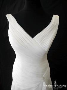 Pronovias - Bahia (mousseline drapé taille basse bretelles V fluide)