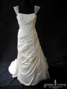 La Sposa (Pronovias) - Lonja (sirène fourreau drapé satin dentelle bretelles tulle coeur)