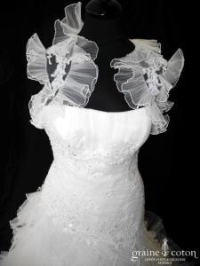 Pronovias - Deusto (sirène fourreau taille basse dentelle tulle plissé bretelles manches boléro dos boutonné)