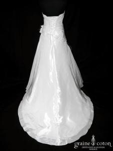 Pronuptia - Joanna (taffetas drapé dentelle perlée laçage)