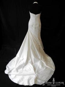 Pronovias - Alma (tour de cou mikado drapé taille basse empire sirène dos boutonné)