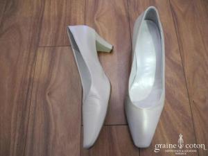 Hogl - Escarpins (chaussures) en cuir ivoire