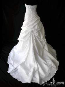 Miss Kelly - Modèle 121 47 B1 (drapée blanche dos boutonné)