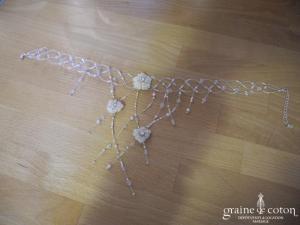 Pronuptia - Tour de cou (collier) fleur tressé de fil câblé et perles