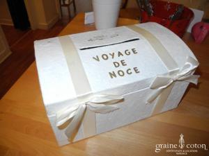 Urne en papier mâché et carton ivoire