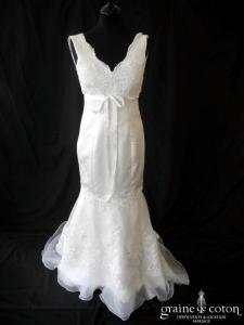 Création - Robe sirène blanche en organza et dentelle (bretelles décolleté V dos nu)