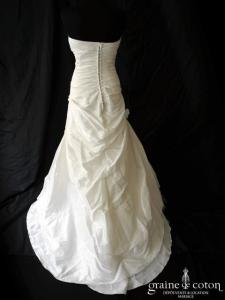 Hervé Mariage - Robe drapée en taffetas ivoire clair (tulle dos boutonné)