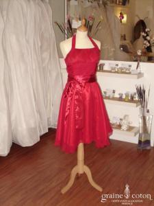 Robe de soirée dos nu fluide rouge foncé