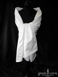 Les mariées de Provence - Étole en satin blanc