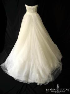 Pronovias - Prototype en tulle fluide ivoire clair (drapé coeur strass empire)
