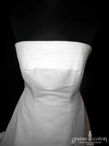 Pronuptia - Robe empire en satin ivoire (plissé dos boutonné)