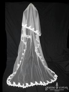 Cosmobella - Voile long de 2,50 mètres en tulle ivoire bordé de dentelle