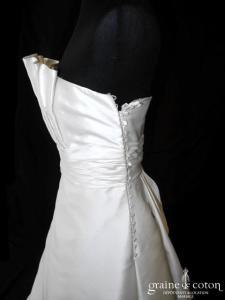 Pepe Botella - Robe une pièce en mikado de soie ivoire (plissé drapé côté boutonné bustier)