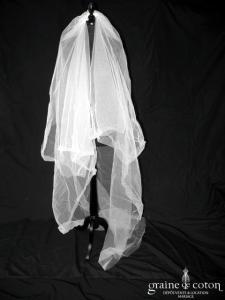 Voile long de 3 mètres en tulle ivoire, bords bruts