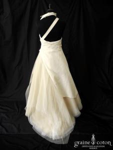 Cymbeline - Robe en taffetas ivoire avec bretelle asymétrique et col (drapé tulle)