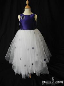 Robe de demoiselle d'honneur en tulle blanc et satin violet