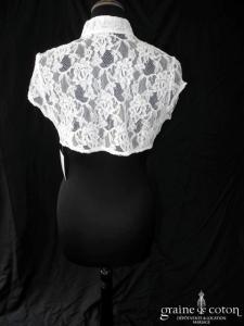 Bianco Evento - Boléro manches courtes en dentelle ivoire avec col mao (E144)