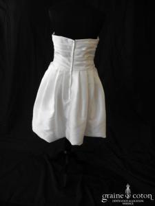 Robe courte boule en mikado blanc drapé