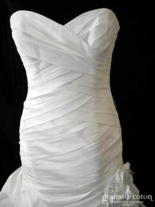 Pronovias - Paisaje (drapé taffetas façon soie sauvage coeur tulle taille basse sirène bustier)