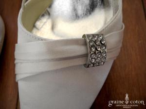 Milano - Escarpins (chaussures) en satin ivoire