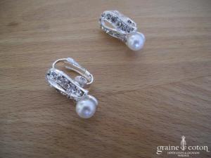 Parure (collier et boucles d'oreilles clips) en perles et strass