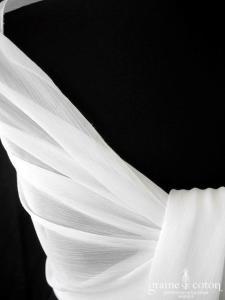 Pronovias - Étole en mousseline ivoire clair