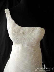 Elianna Moore - Chanelle (organza drapé bretelles dentelle dos nu taille basse)