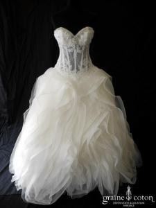 Pronovias - Lexas Dreams (laçage dentelle mouchoirs de tulle volants organza coeur)