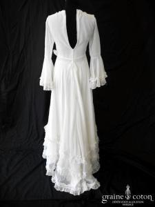 Création vintage 70's - Robe en mousseline fluide avec manches et applications de dentelle