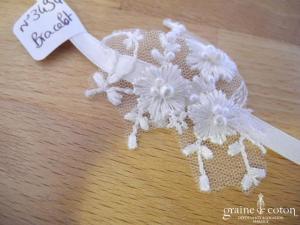 Bracelet en satin ivoire et dentelle
