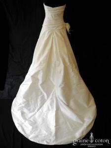 Pronovias - Barcino / Semilla (soie sauvage drapé taille basse)
