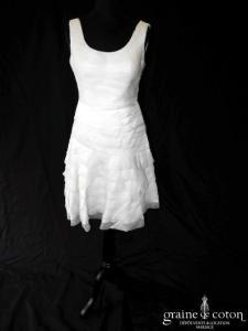 Adolfo Domingez - Robe courte en bandes d'organza de soie (bretelles taille basse plissé)
