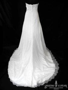 Grace & Kate - Création fluide en soie et dentelle ivoire (empire drapé bohème)