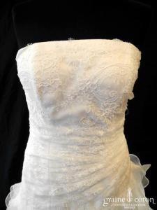 Pronuptia - Robe en organza et dentelle ivoire clair (taille basse volants bohème bustier)