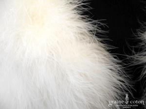 Cape / étole en duvet de cygne ivoire