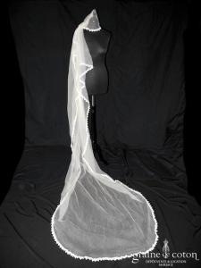 Lolita Lempicka - Voile Alena long de 3 mètres en tulle de soie ivoire bordé de dentelle de coton