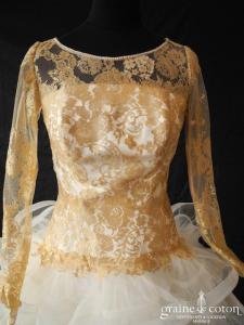 Hervé mariage - Daisy (courte ivoire et or tulle volutes dentelle manches bretelles dos boutonné)