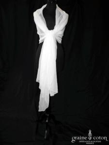 Création - Étole en mousseline de soie ivoire fluide