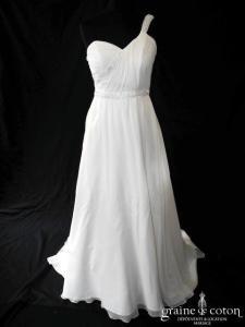 Pronuptia - Robe drapée en mousseline de soie ivoire clair (bretelles coeur fluide)