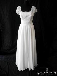 Création - Robe fluide en mousseline et dentelle blanche (empire drapé taille haute bohème)