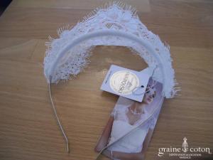 Bianco Evento - Serre tête / headband avec guipure de dentelle et strass Swarovski (112)