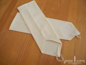 Mitaines longues en satin stretch
