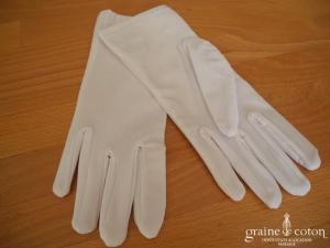 Gants courts blanc en satin blanc