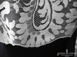 Maria Guardiola - Boléro en dentelle ivoire à manches mi longues