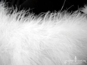 Bianco Evento - Boléro / étole / cape en plume duvet de marabout blanc (E184 fourrure cygne)