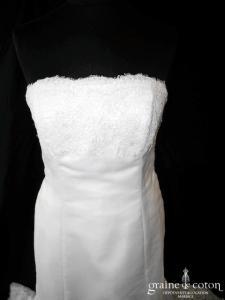 Pronovias - Robe sirène en dentelle de Calais et gaze de soie ivoire (bohème empire bustier)