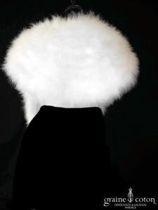 Étole en duvet de cygne ivoire clair