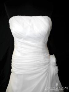 Veronika Kristoofer - Création drapée en organza ivoire (taille basse bustier fluide)